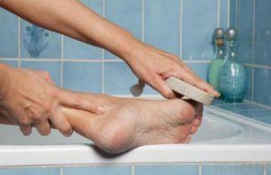 菌を繁殖させなければ、足の臭いは消滅できる