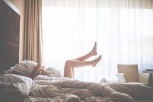 足の臭いを抑える方法について